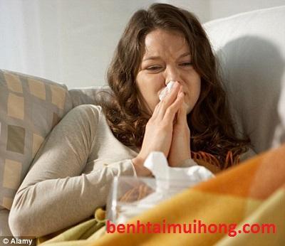 Bệnh viêm xoang mũi có lây lan không bác sĩ