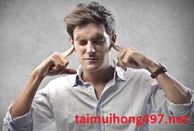 tự dưng bị ù tai